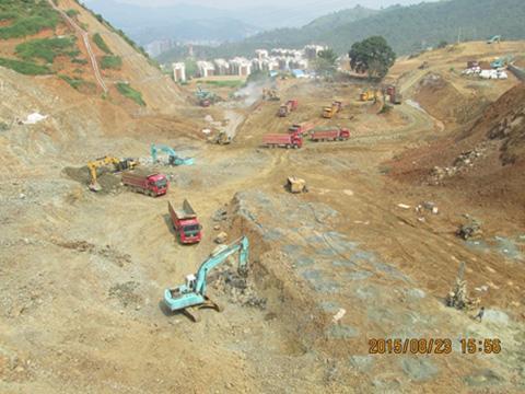 土石方施工3.JPG
