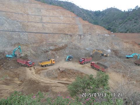土石方施工1.JPG
